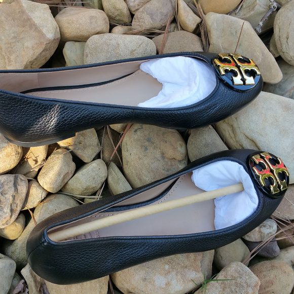 12f31c4865a6b2 Tory Burch Flats Black Leather ballet flats 6.5